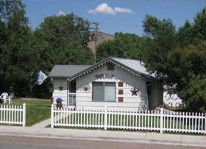 Click for larger image of Penny Lane Cottage in Lava Hot Springs Idaho